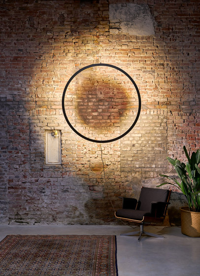 Framed wall circle suspension by Jacco Maris | Wall lights