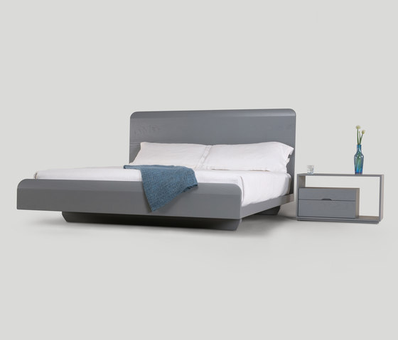 lineground bed di Skram | Letti