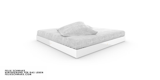 BED IV special edition - Piano lacquer white by Rechteck | Beds