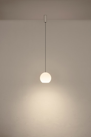 KOS Solo Large KO1L 3A2 by KOMOT | Suspended lights