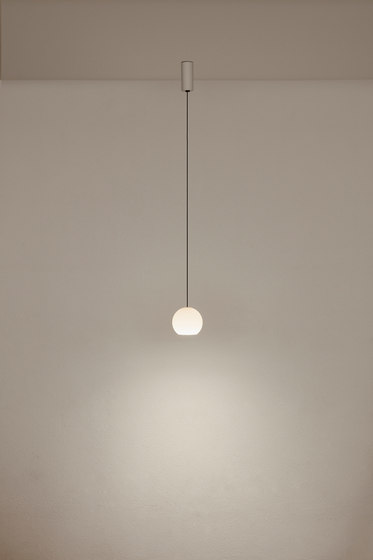 KOS Solo Small KO1S 3A2 by KOMOT | Suspended lights