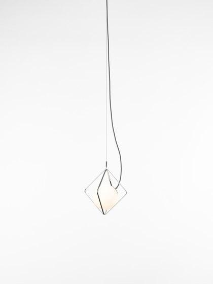 Jack O'Lantern Small Single Pendent Sphere PC1095 von Brokis   Pendelleuchten