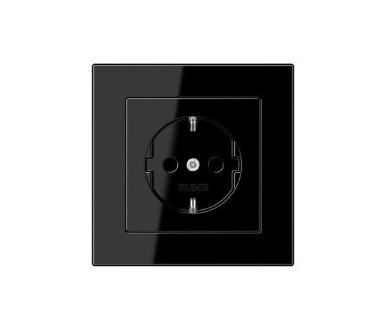 A Creation socket black di JUNG | Prese Schuko