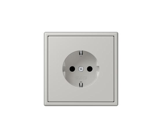 LS 990 in Les Couleurs® Le Corbusier | socket 32013 gris clair 31 by JUNG | Schuko sockets