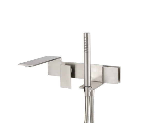 Emotion 5 mm single-lever flush-mounted combination bath/shower by CONTI+ | Bath taps