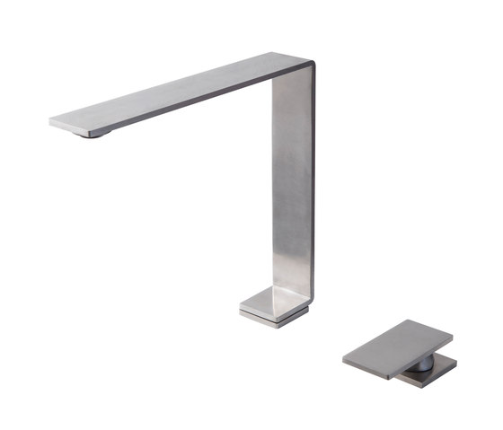 Emotion 5 mm single-lever kitchen tap, with separate single-lever 203 de CONTI+ | Griferías de cocina