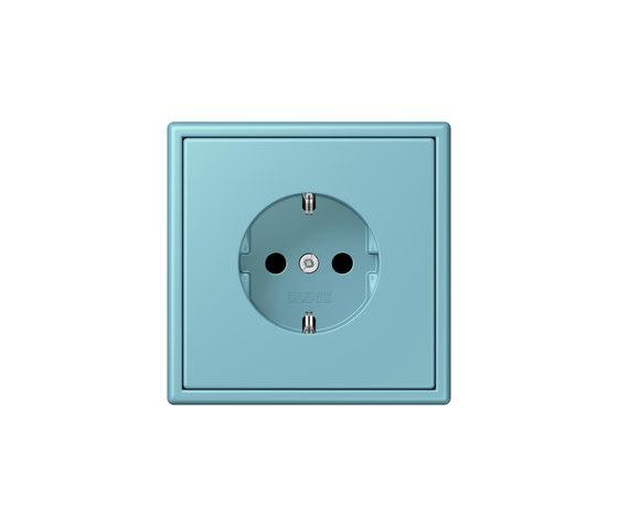 LS 990 in Les Couleurs® Le Corbusier | socket 32032 céruléen moyen by JUNG | Schuko sockets