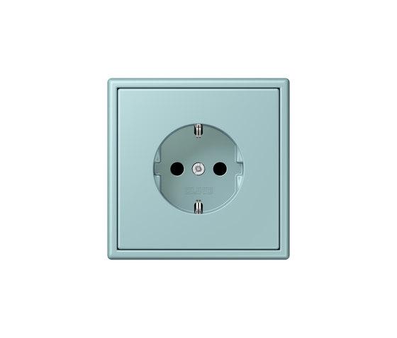 LS 990 in Les Couleurs® Le Corbusier | socket 32033 céruléen clair by JUNG | Schuko sockets