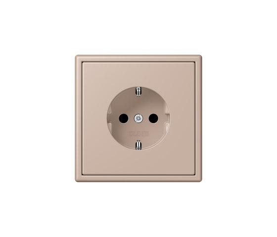 LS 990 in Les Couleurs® Le Corbusier socket 32131 ombre brûlée claire by JUNG | Schuko sockets