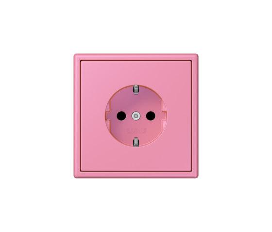 LS 990 in Les Couleurs® Le Corbusier | socket 4320C rose vif de JUNG | Prises Schuko