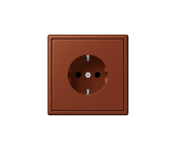 LS 990 in Les Couleurs® Le Corbusier | socket 4320D terre sienne brûlée 59 by JUNG | Schuko sockets