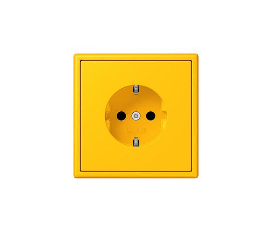 LS 990 in Les Couleurs® Le Corbusier socket 4320W le jaune vif by JUNG | Schuko sockets