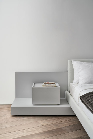 Cliff by Meridiani | Night stands