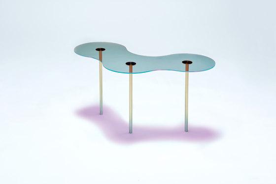 Camo B - Glass - Cyan/Magenta by NEO/CRAFT | Coffee tables