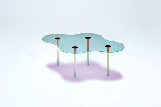 Camo C - Glass - Cyan/Magenta von NEO/CRAFT | Couchtische