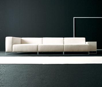 Wall 2 von Living Divani  modular sofa system  Produkt