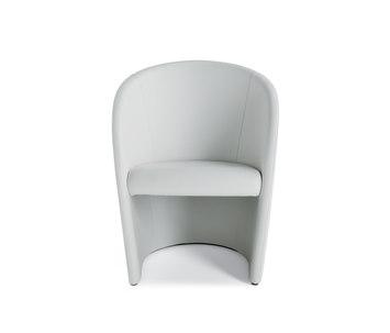 intervista by poltrona frau product. Black Bedroom Furniture Sets. Home Design Ideas