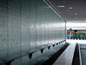 water wall bvg busbahnhof berlin by art aqua water wall. Black Bedroom Furniture Sets. Home Design Ideas