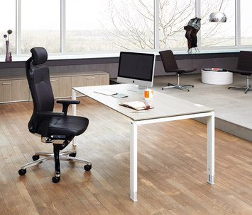 do it 4 by k nig neurath do it 4 desk product. Black Bedroom Furniture Sets. Home Design Ideas