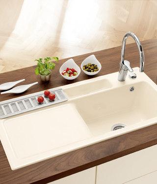 passione di villeroy boch bellevue lavabo prodotto. Black Bedroom Furniture Sets. Home Design Ideas