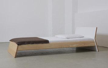 bett von ellenbergerdesign produkt. Black Bedroom Furniture Sets. Home Design Ideas