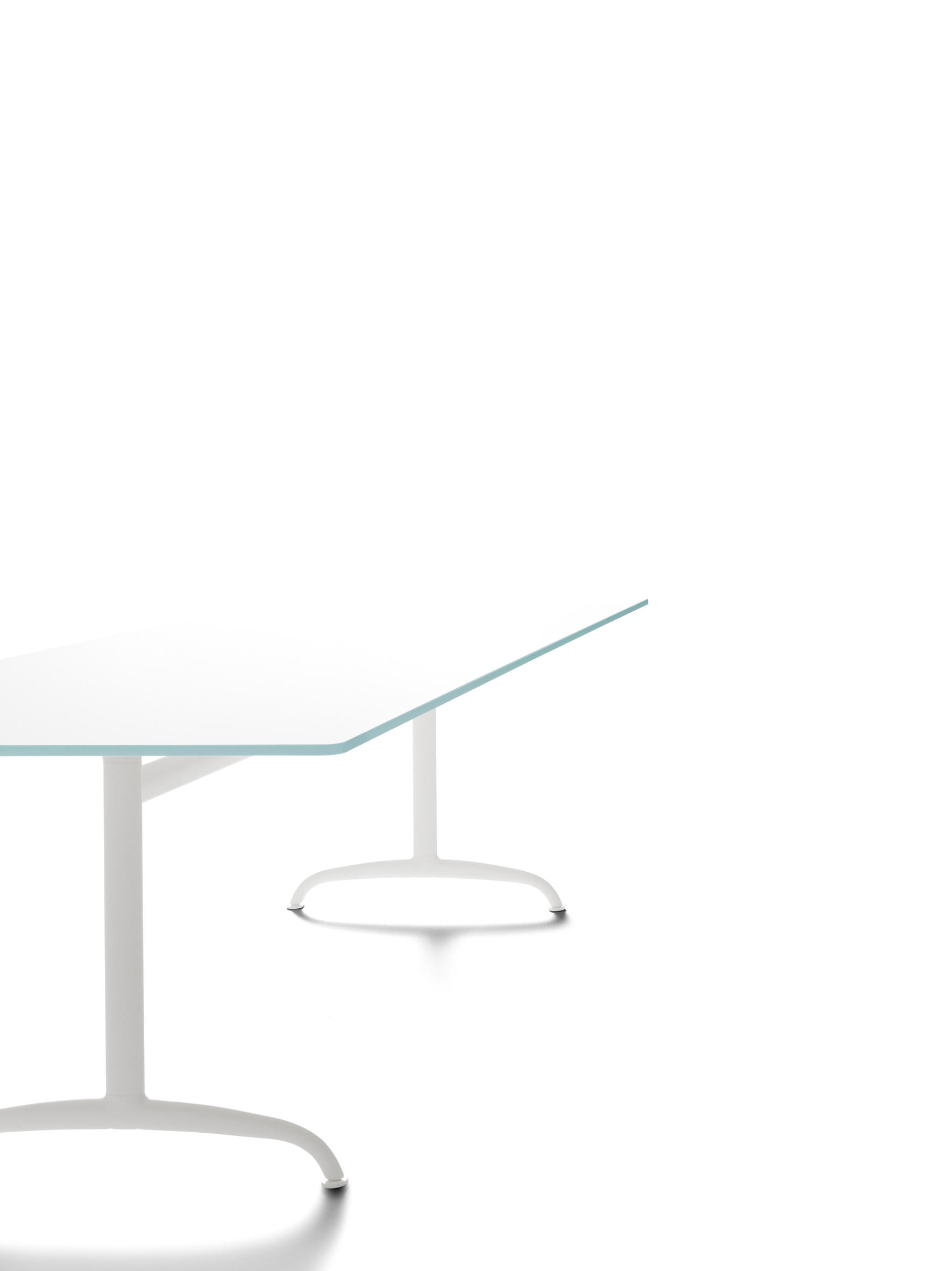 TOOLS - Dining tables from De Padova | Architonic