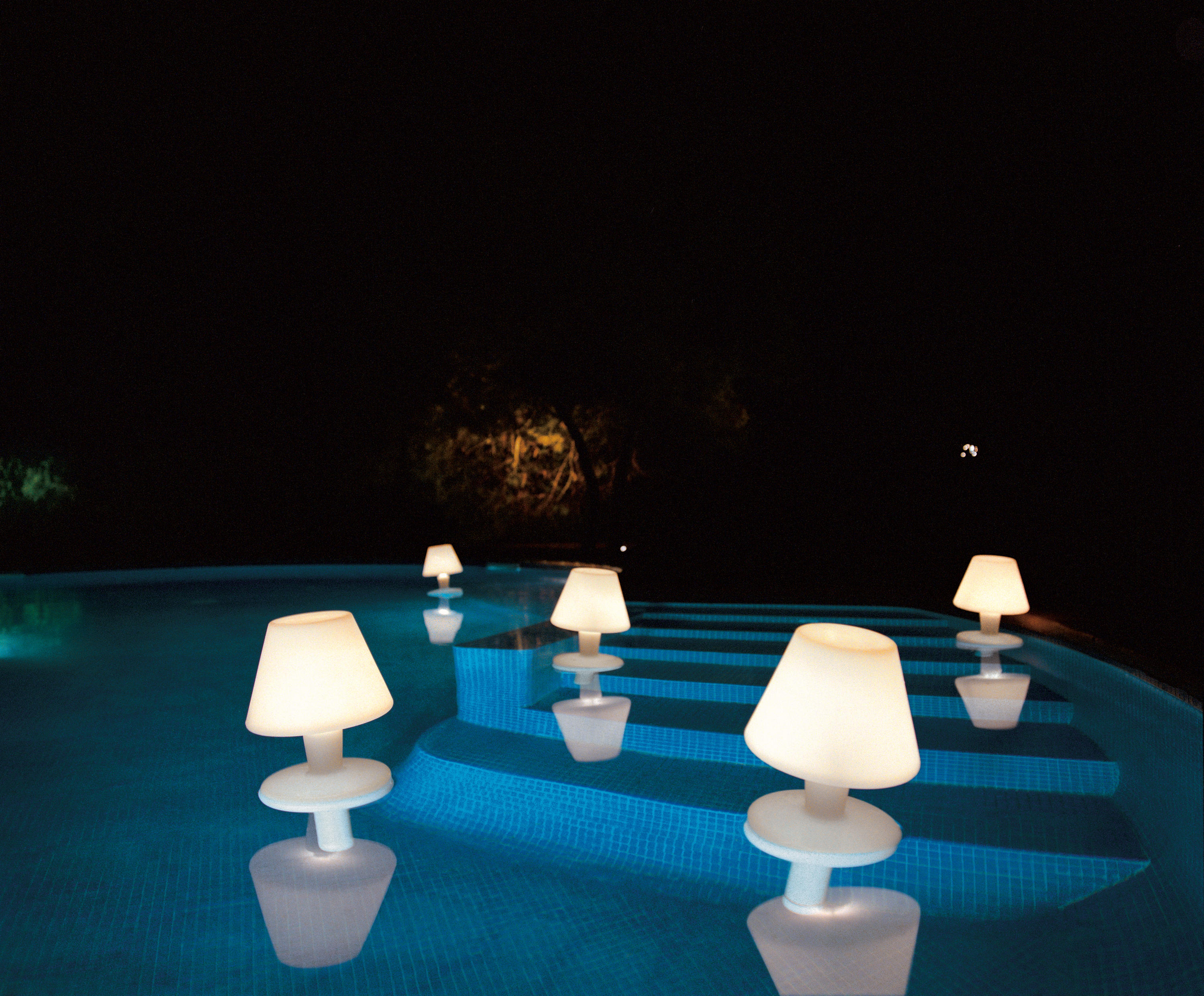 Waterproof Pool Lamp By Metalarte Cordless Outdoor Lights