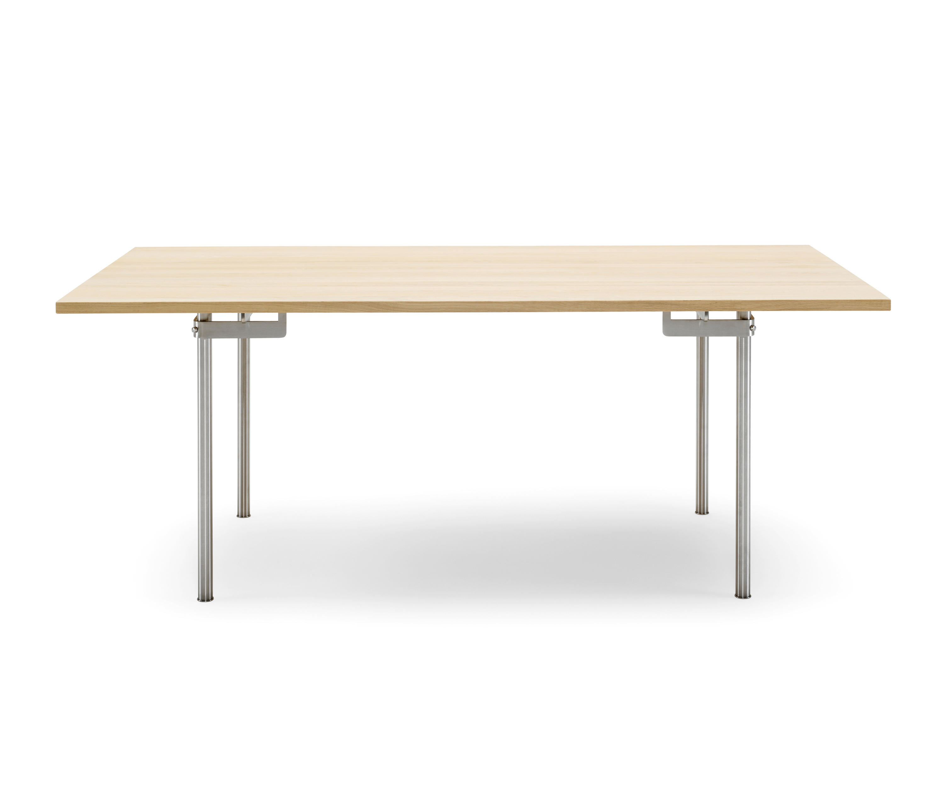 CH318 Individual desks from Carl Hansen & S¸n