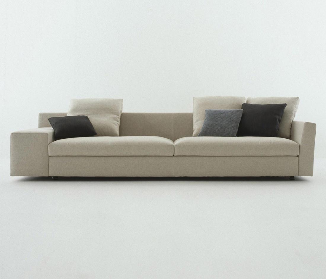 235-238 MISTER - Sofas From Cassina