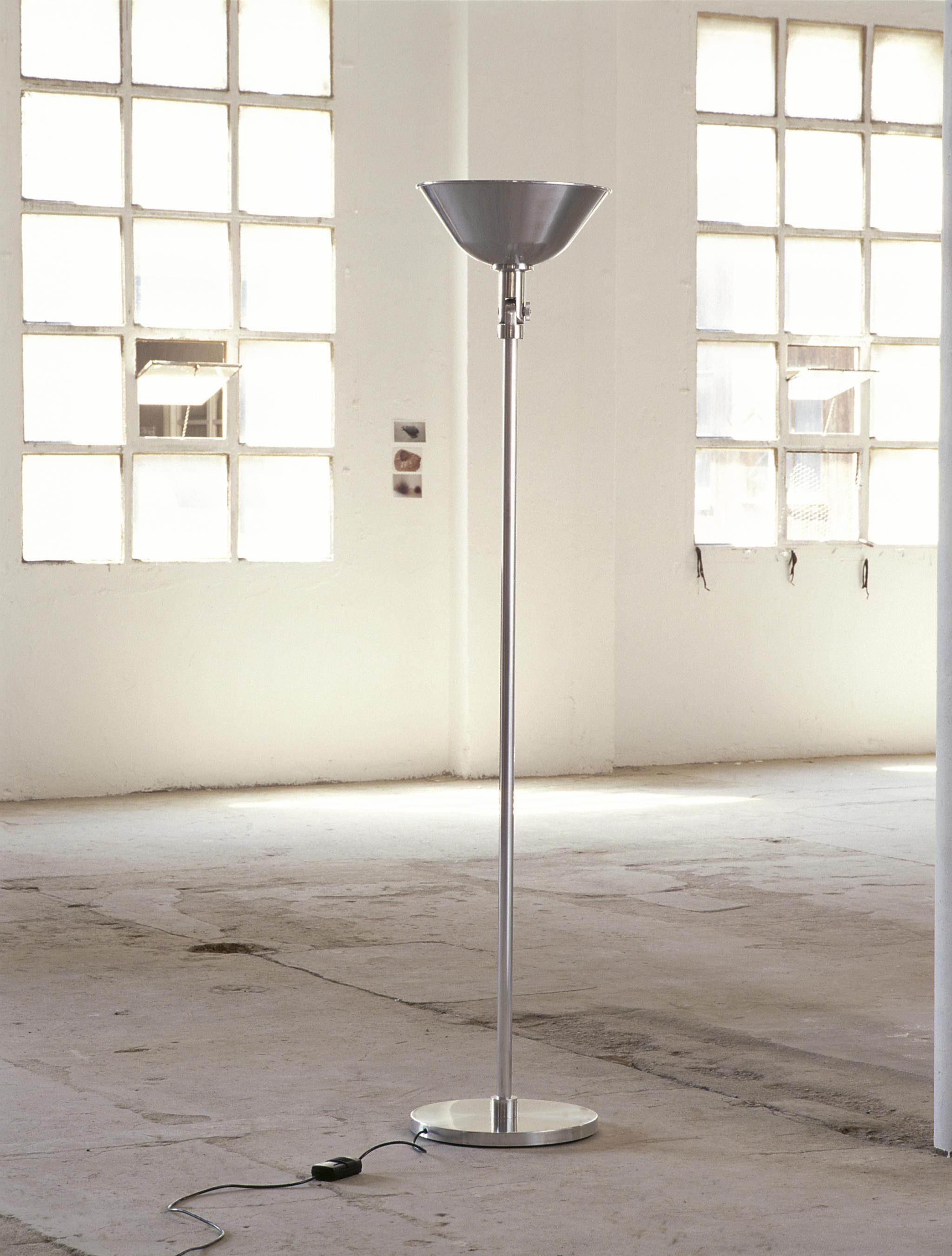 Gatcpac floor lamp iluminaci n general de santa cole architonic - Santa cole iluminacion ...