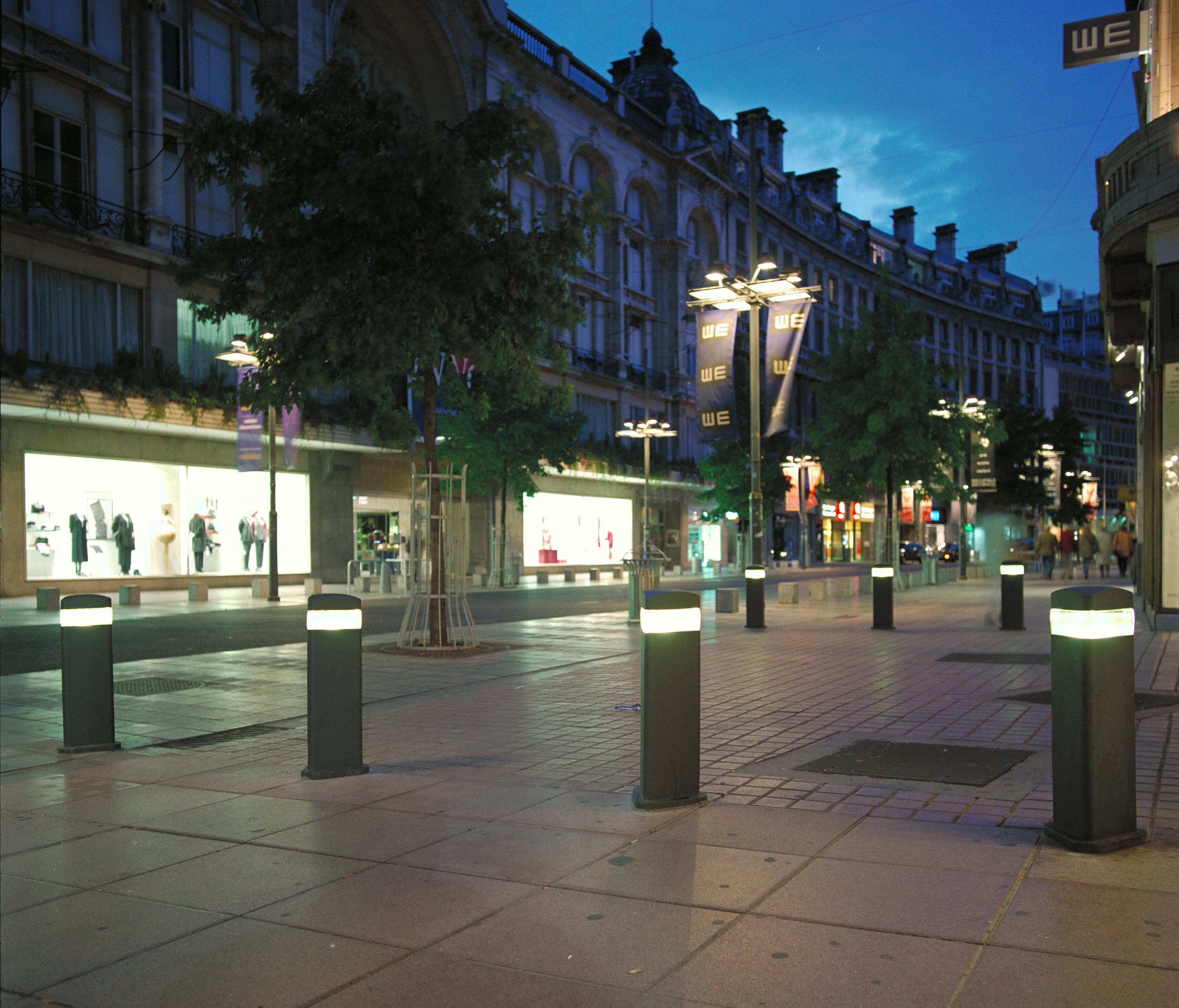 Finisterre led bollard lights from santa cole architonic - Iluminacion led jardin ...