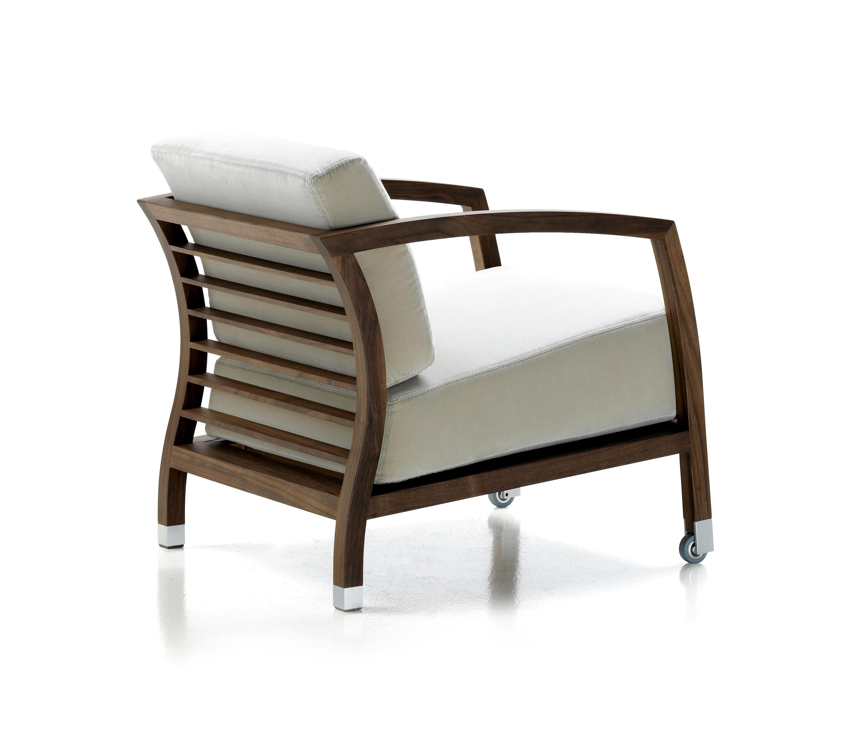 Elegant Schmaler Sessel Dekoration Von Malena Von Stua |