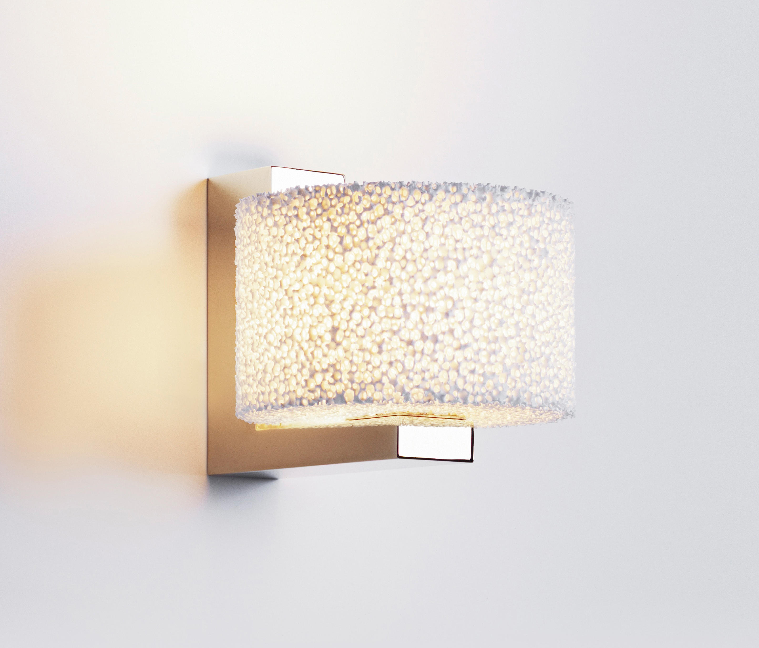 reef wall general lighting from architonic. Black Bedroom Furniture Sets. Home Design Ideas