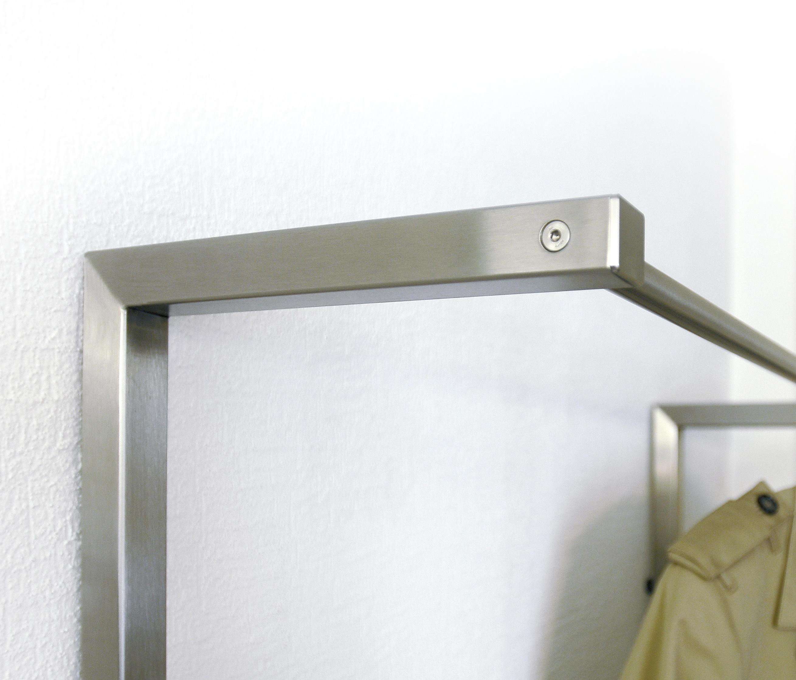 Garderobe n01 built in wardrobes from neustahl architonic for Garderobe exterior
