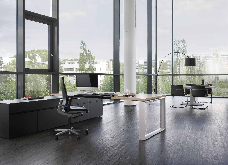 sono table escritorios ejecutivos de renz architonic. Black Bedroom Furniture Sets. Home Design Ideas