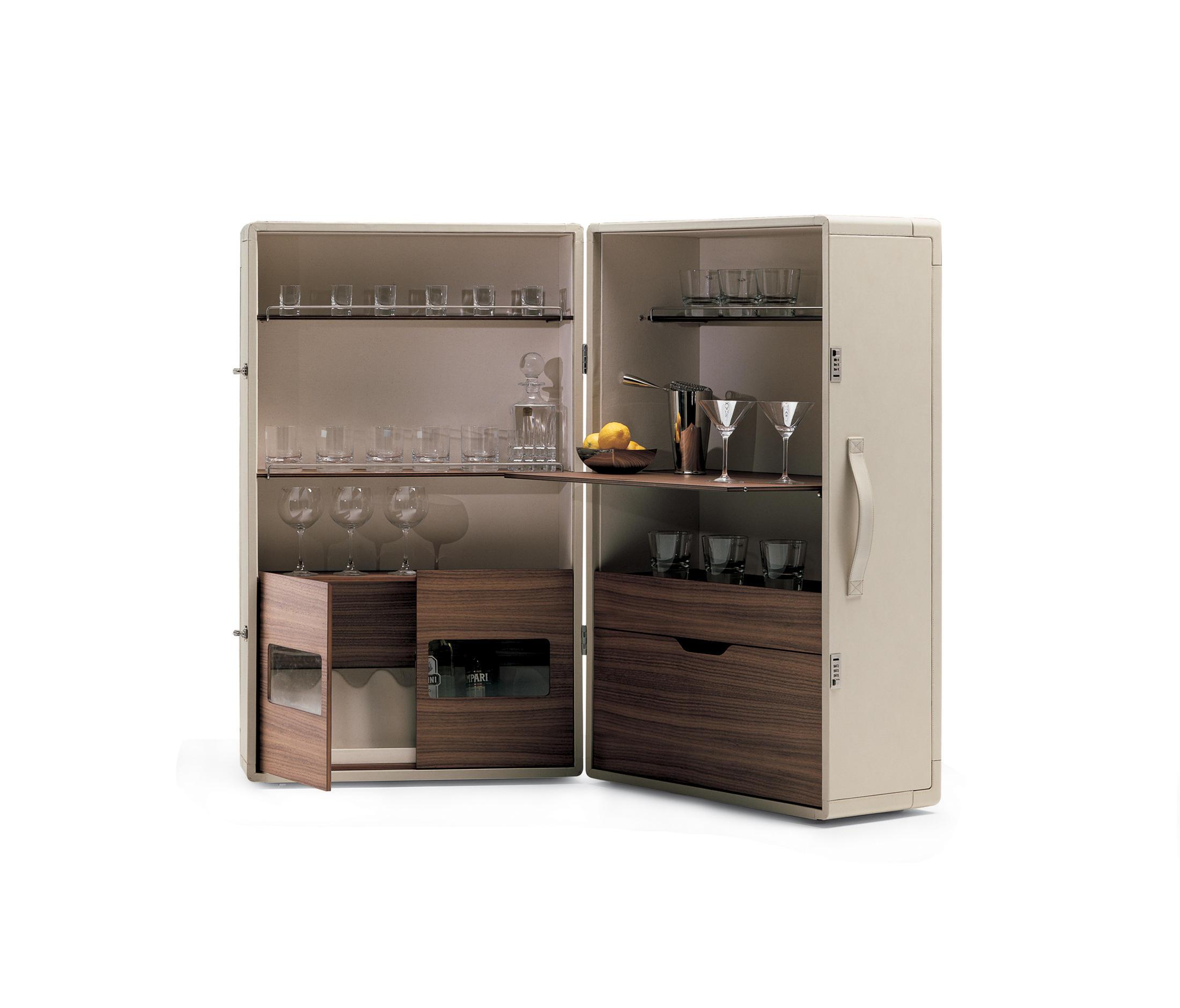 isidoro barschr nke hausbars von poltrona frau. Black Bedroom Furniture Sets. Home Design Ideas
