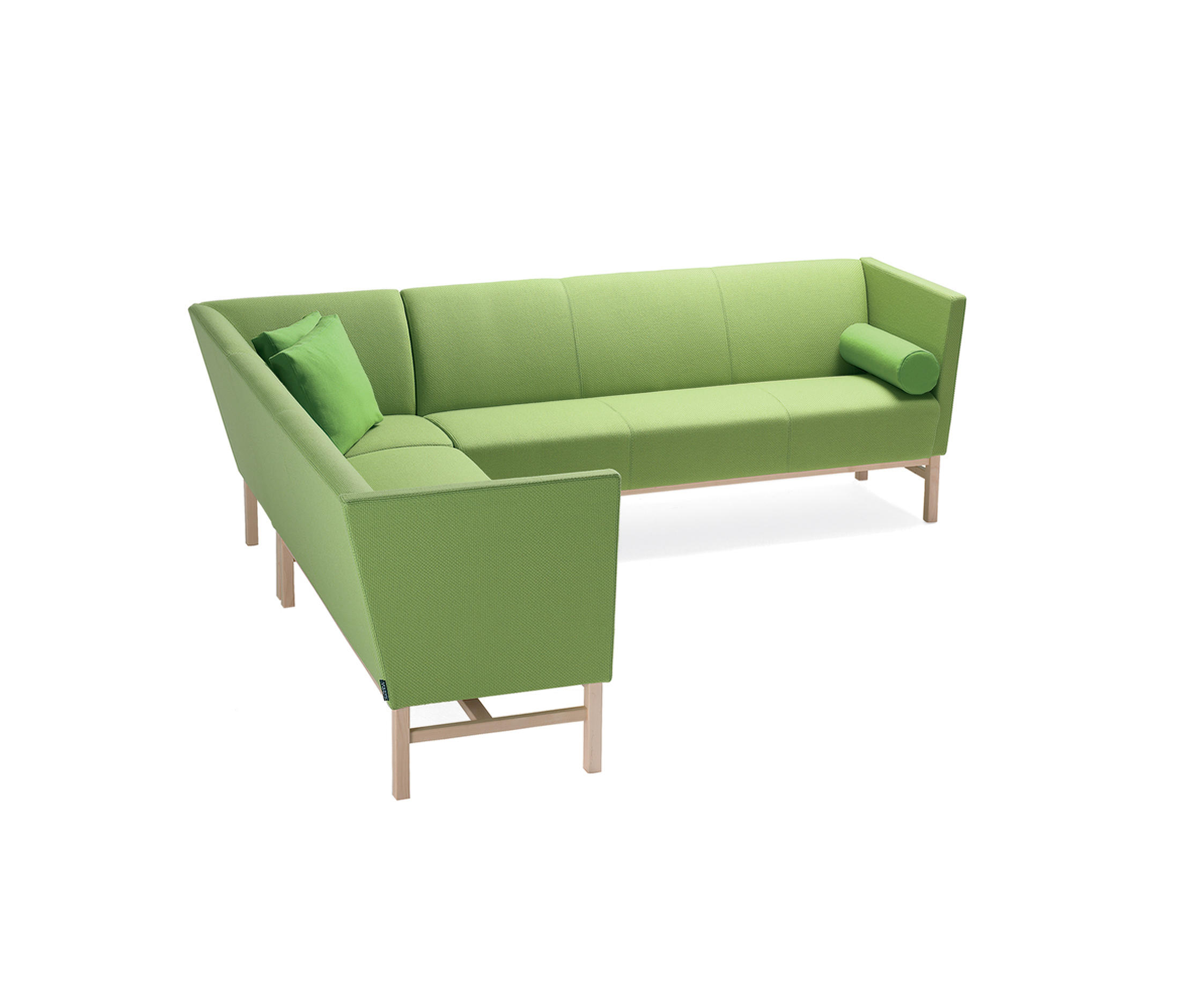 Minimal corner sofa lounge sofas from materia architonic for Divano minimal