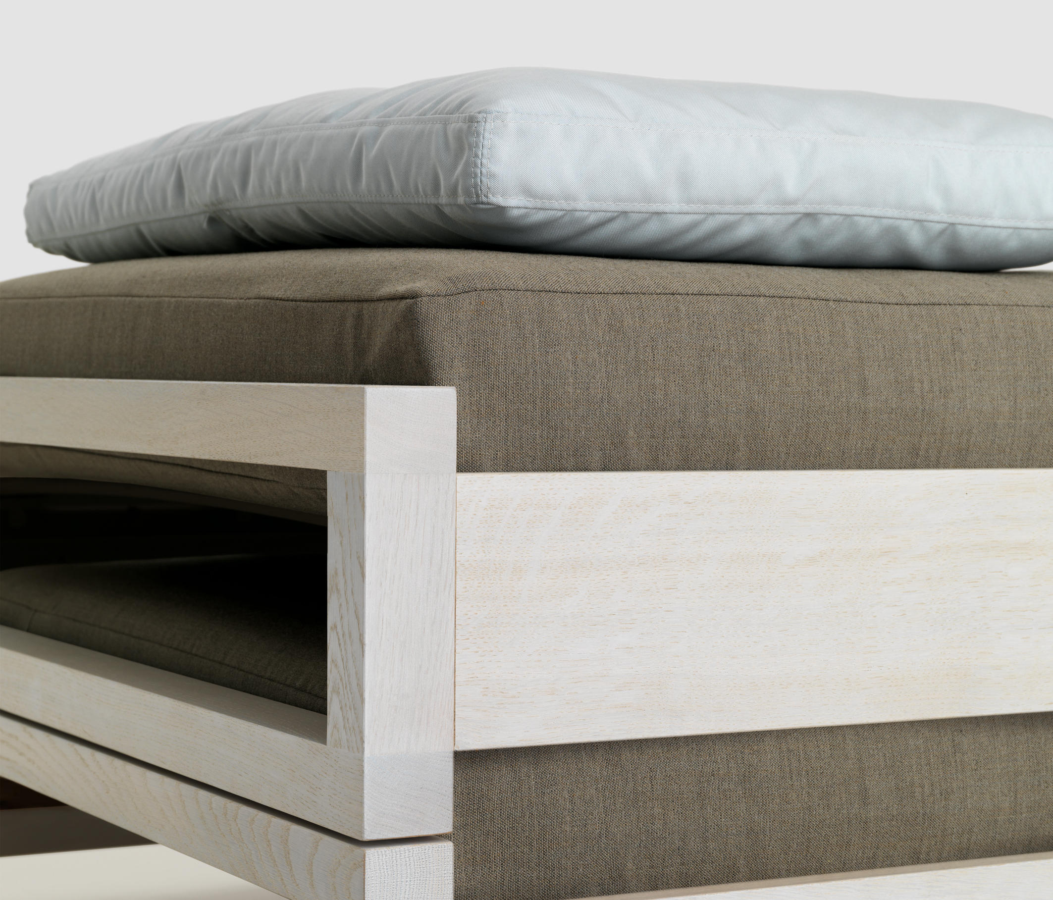 Guest By Zeitraum Beds