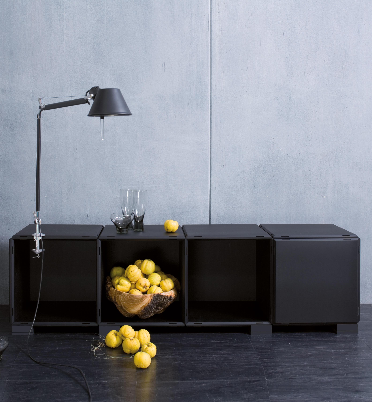 q18 mat black regalmodule von architonic. Black Bedroom Furniture Sets. Home Design Ideas