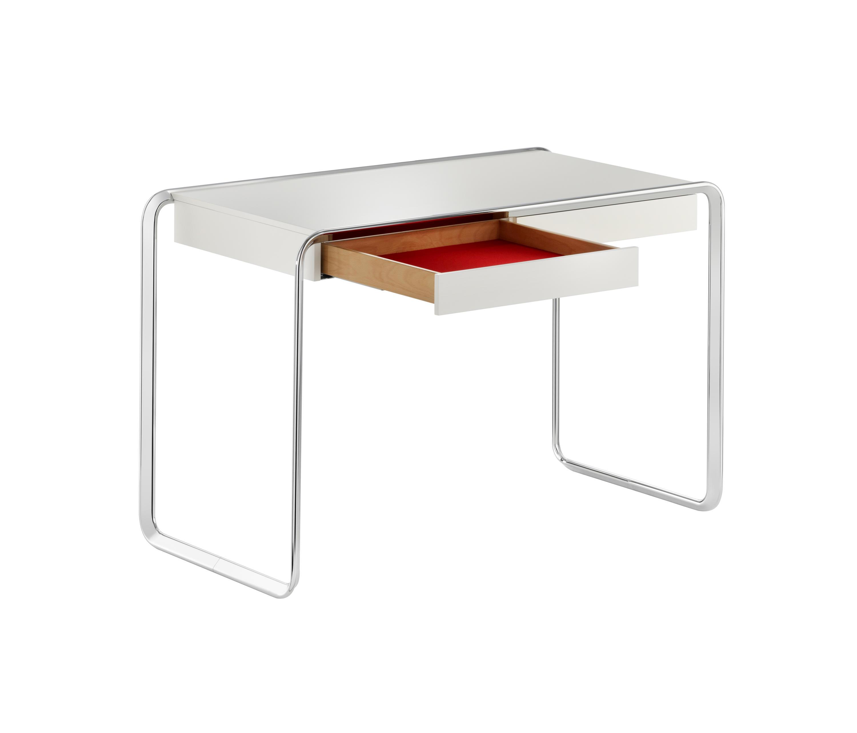 k2d oblique schreibtisch mit 2 schubladen schreibtische von tecta architonic. Black Bedroom Furniture Sets. Home Design Ideas
