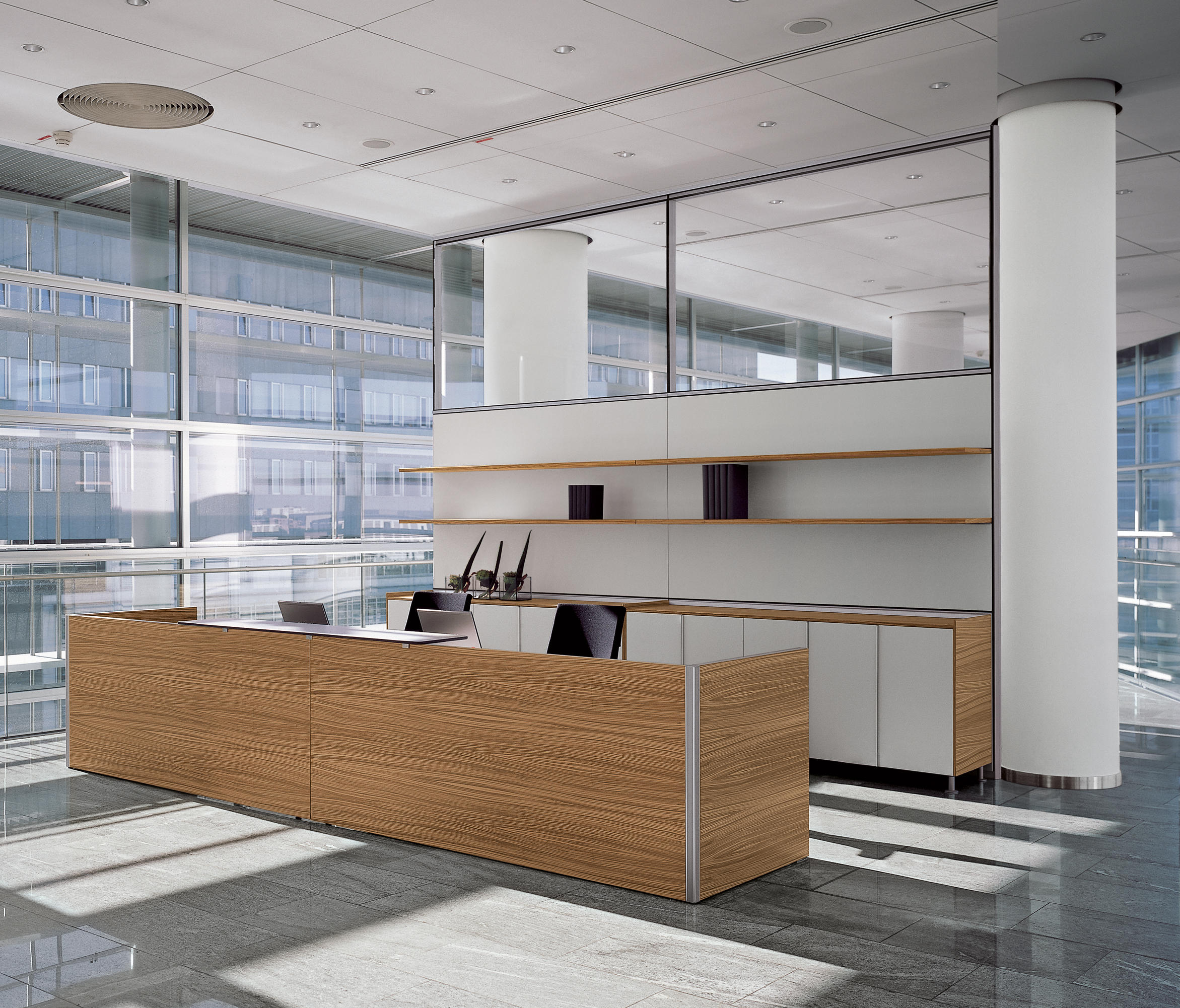 RV | DIVIDING WALL - Space dividers from Bene | Architonic
