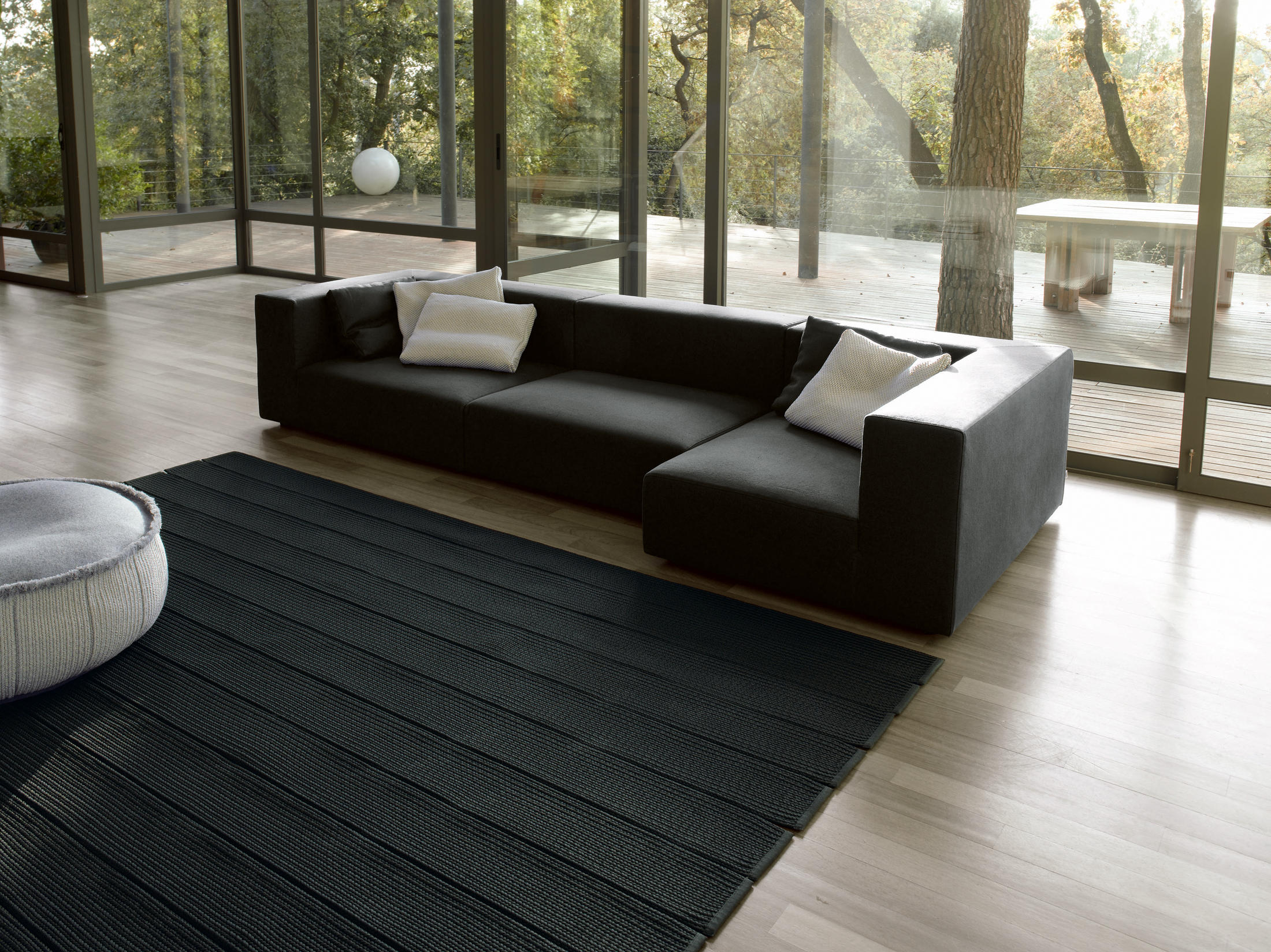 atollo next m lounge sofas from paola lenti architonic. Black Bedroom Furniture Sets. Home Design Ideas
