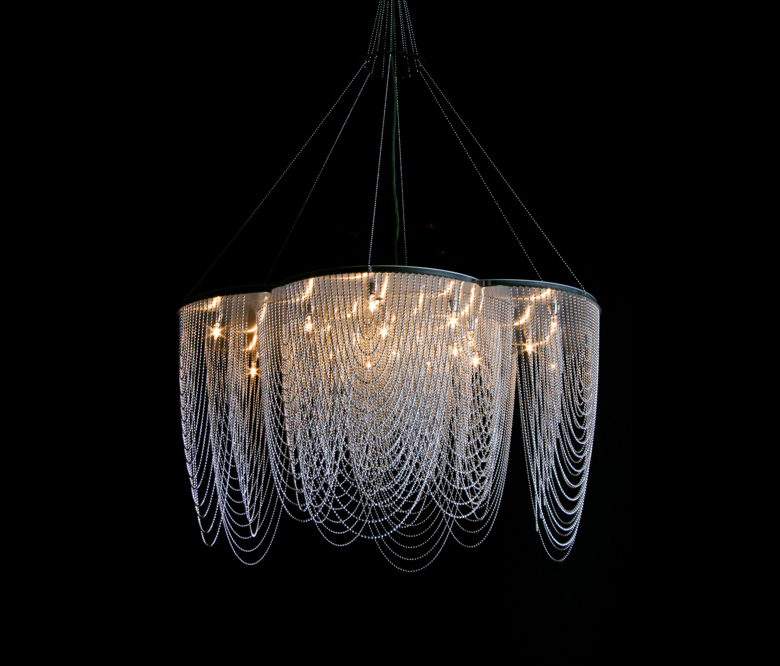 ROSE 700 SUSPENDED OPTION STRAIGHT LOOPED Lighting Objects From Willo