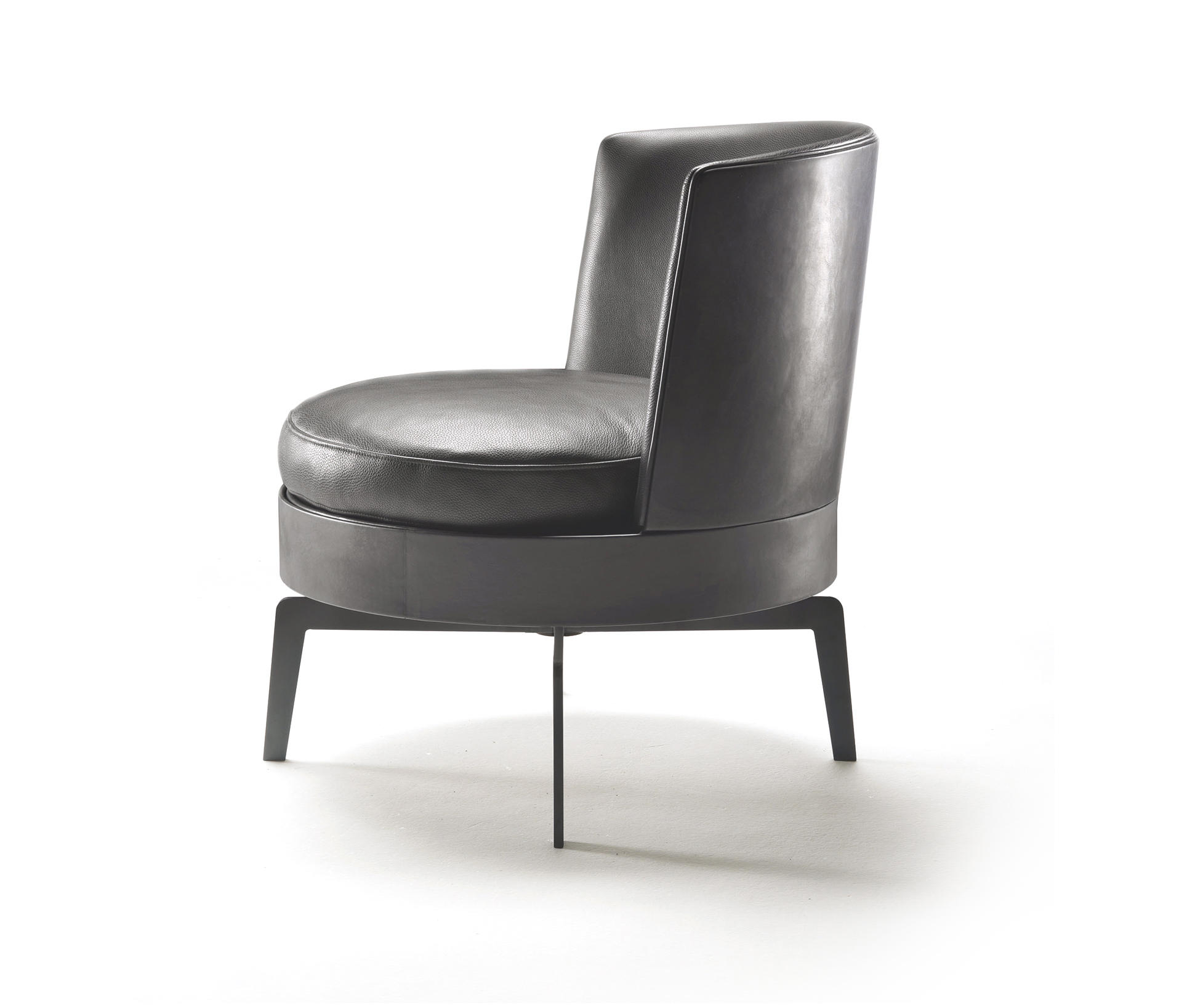 feel good armchair lounge chairs from flexform architonic. Black Bedroom Furniture Sets. Home Design Ideas