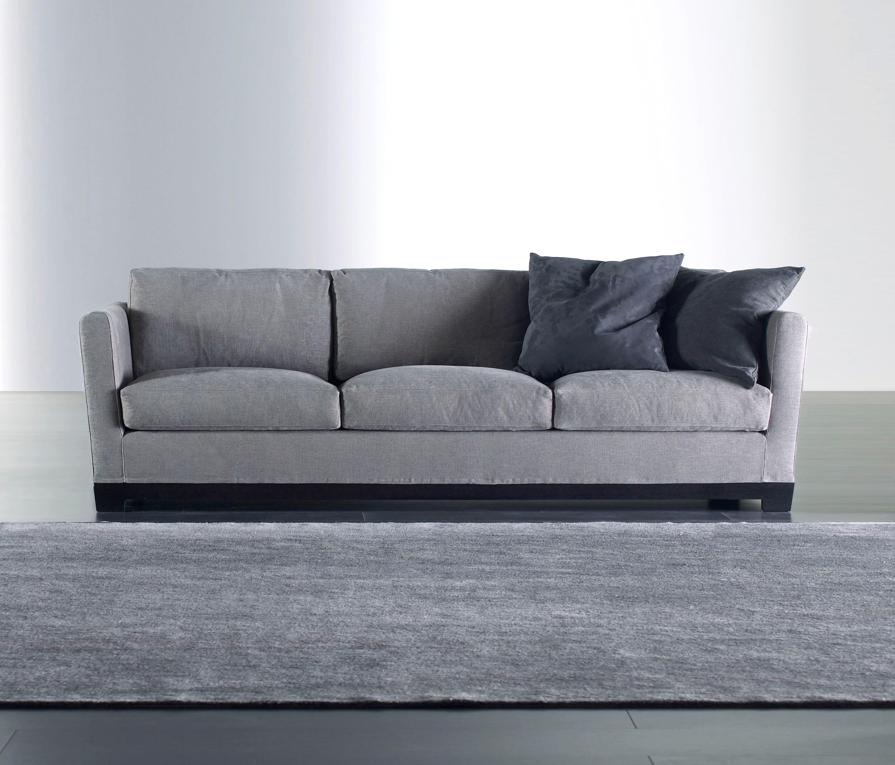 allen sofa 260 sofas from meridiani architonic. Black Bedroom Furniture Sets. Home Design Ideas