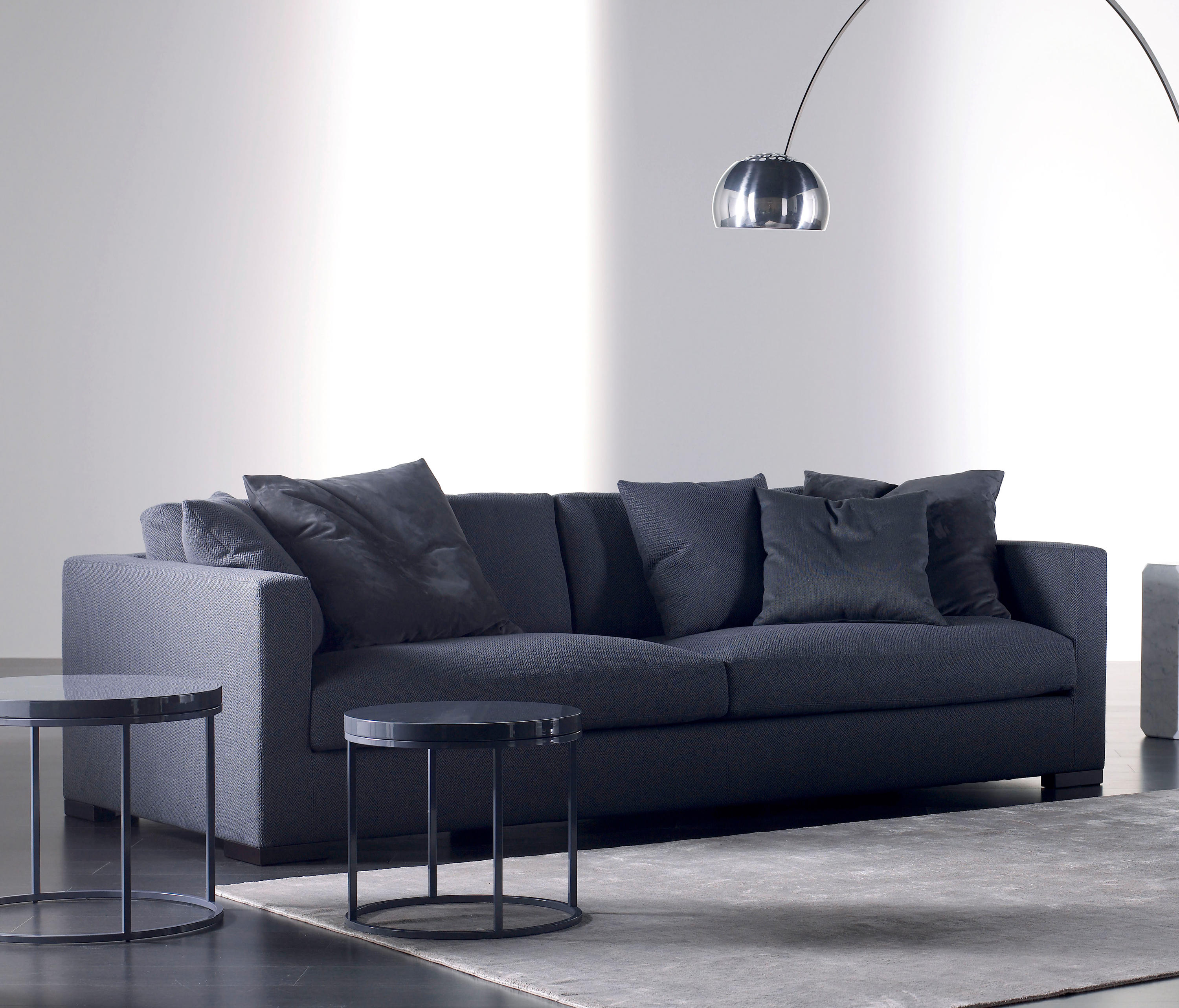 belmon sofa xl lounge sofas from meridiani architonic. Black Bedroom Furniture Sets. Home Design Ideas