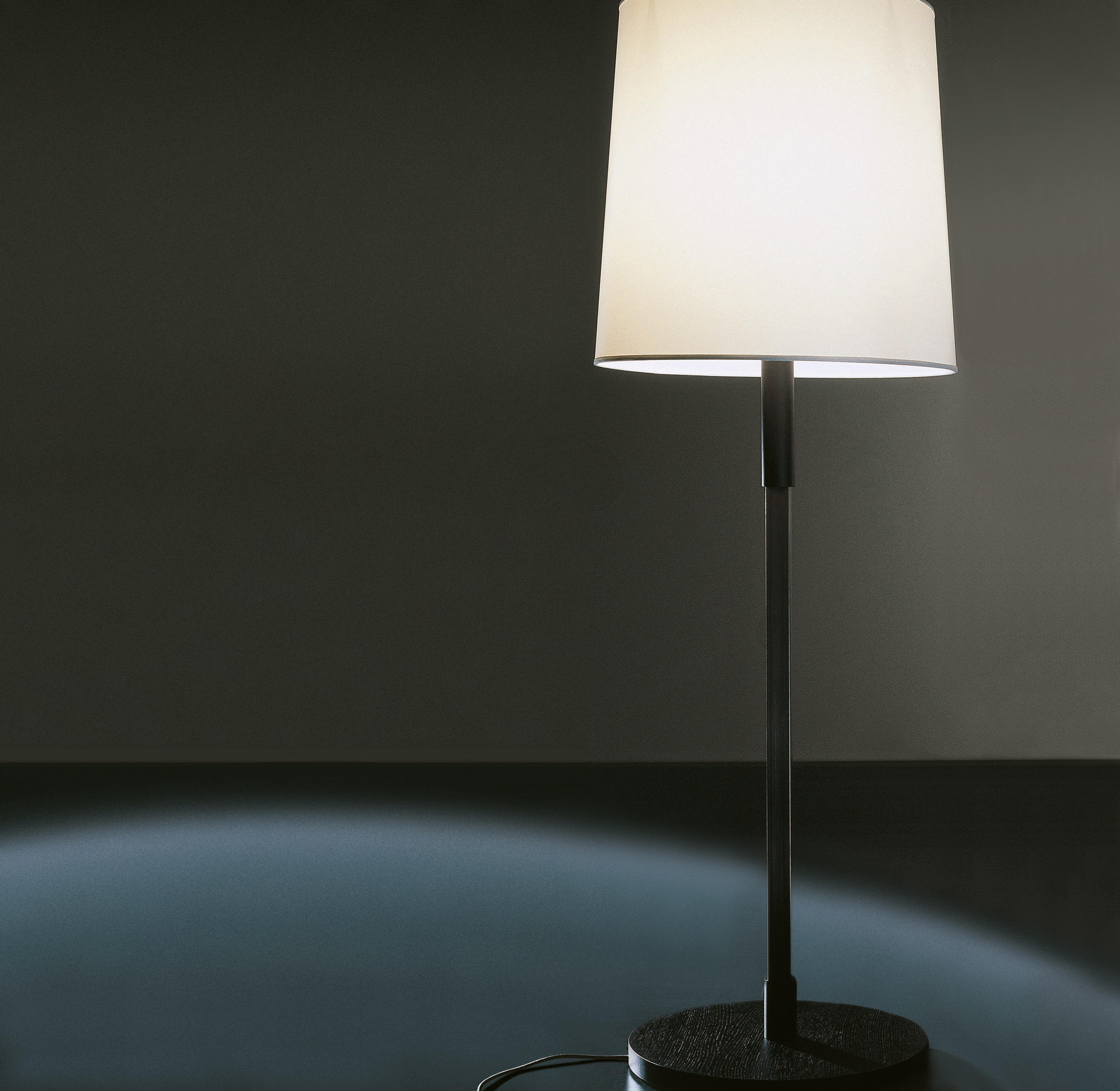 Kid due floor lamp general lighting from meridiani architonic kid due floor lamp by meridiani mozeypictures Image collections