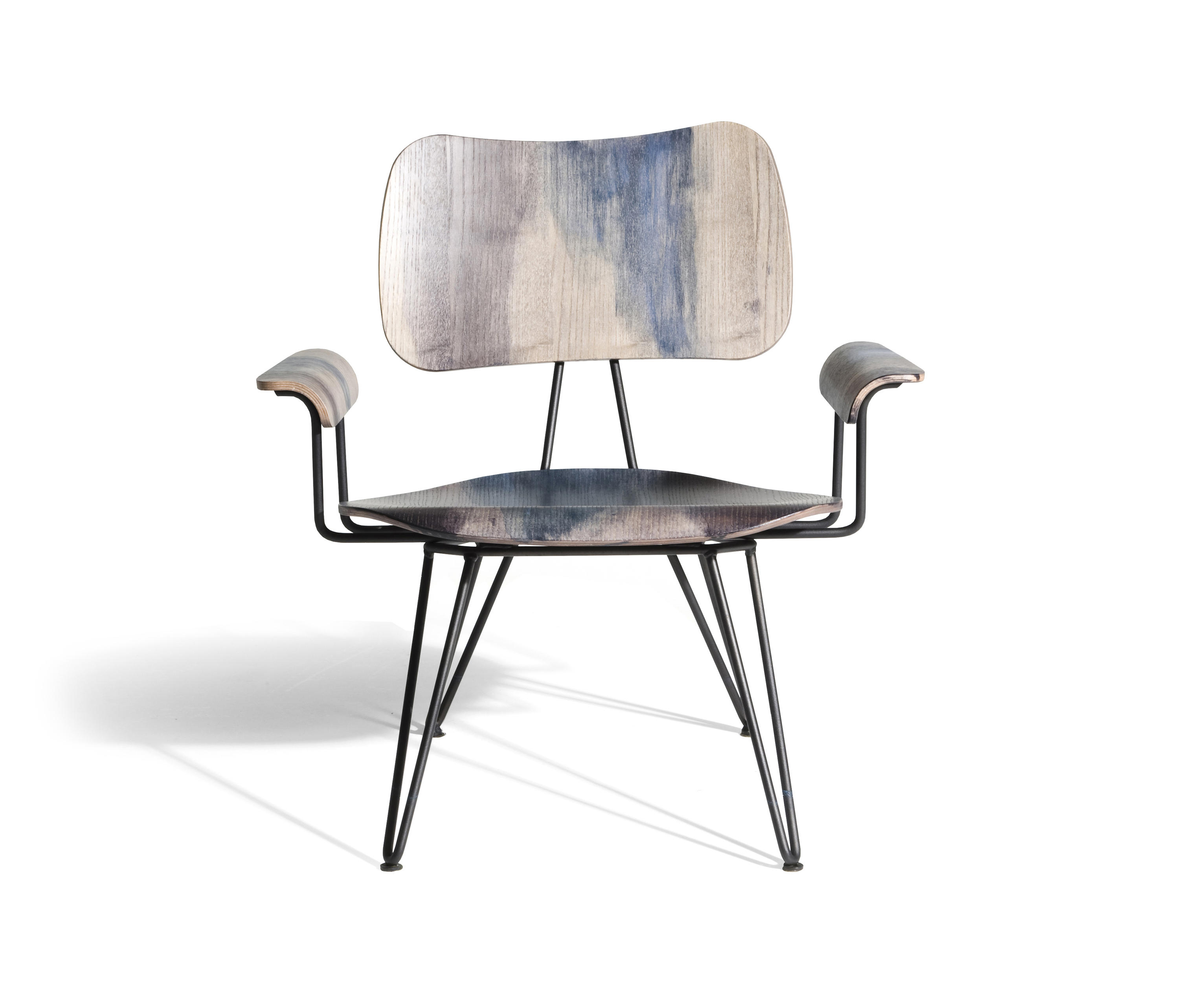 overdyed lounge chair sessel von diesel by moroso architonic. Black Bedroom Furniture Sets. Home Design Ideas