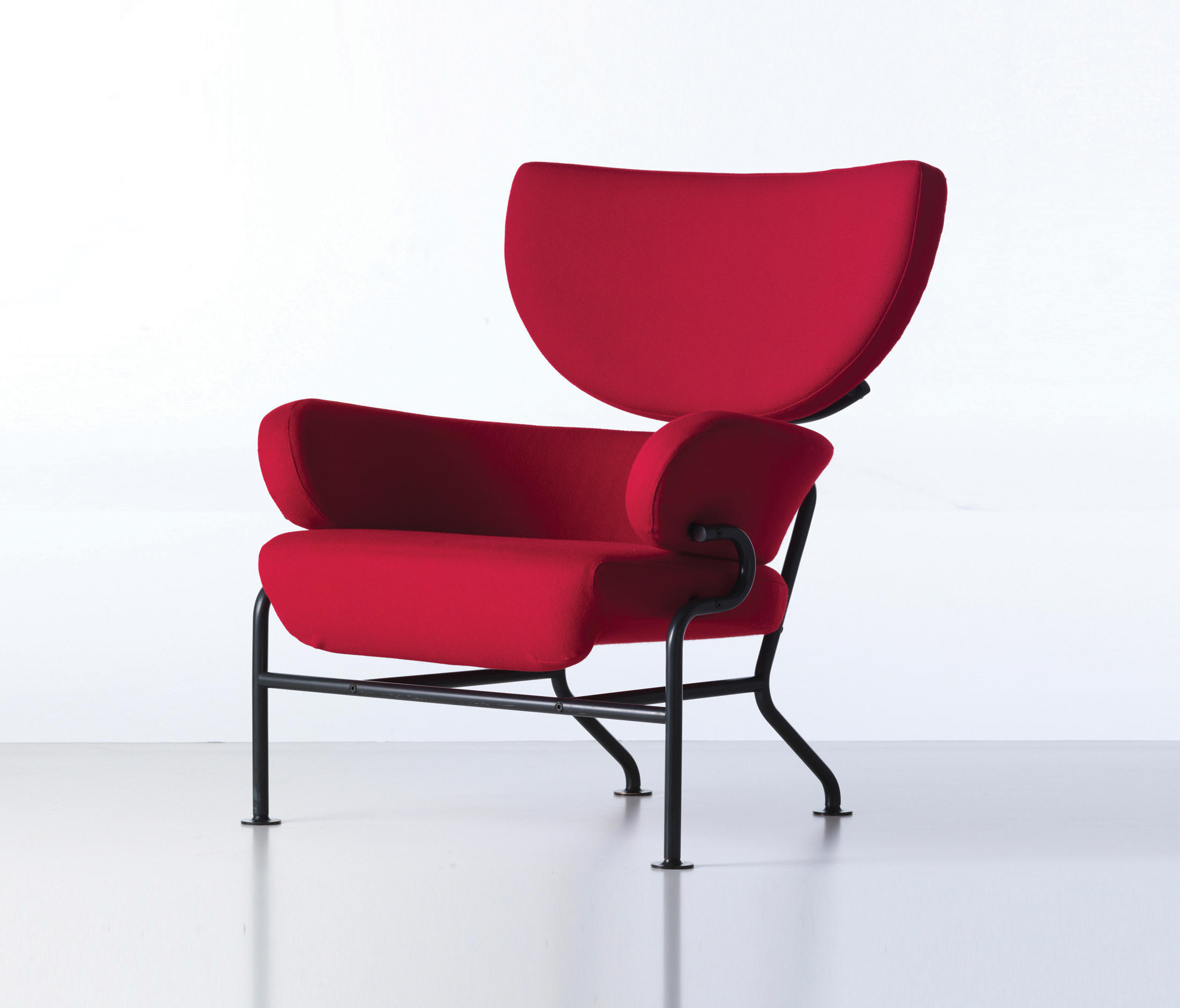 836 TRE PEZZI Lounge chairs from Cassina