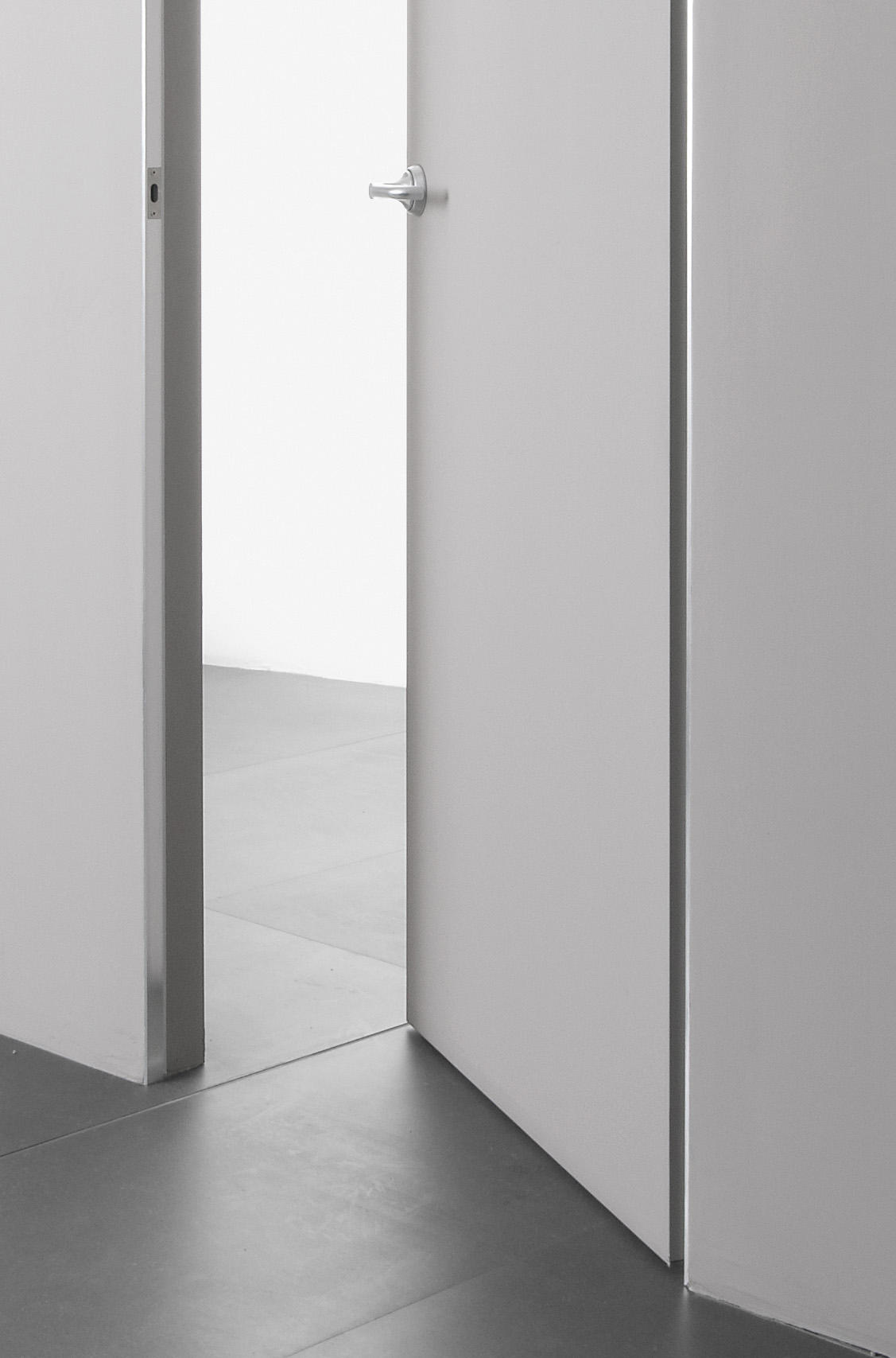 Trait internal doors from albed architonic for Albed porte